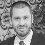 Martin Dimitrov headshot
