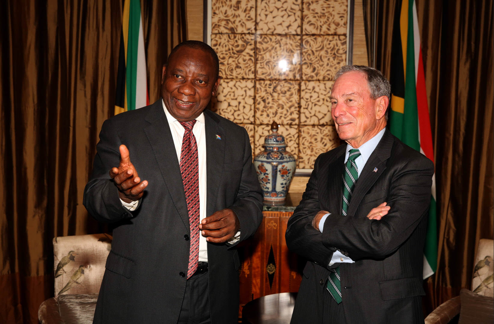 Michael Bloomberg with Cyril Ramaphosa