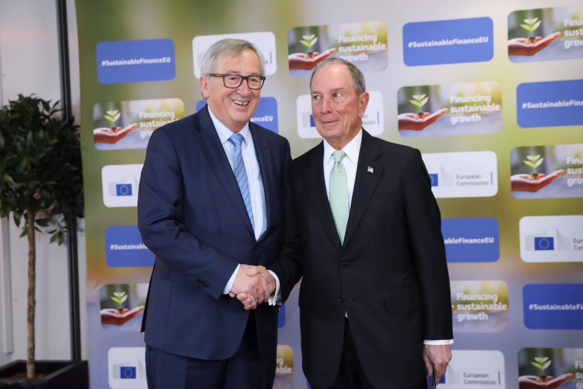 Bloomberg Juncker