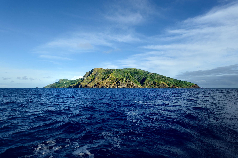 1 Pitcairn Island
