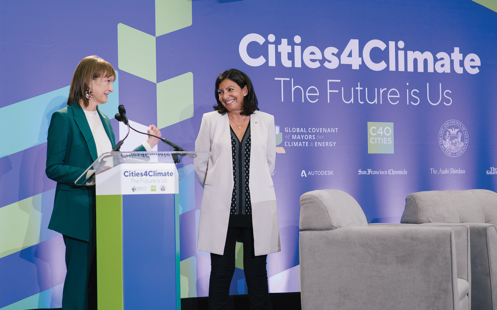 Speaking with Paris Mayor Anne Hidalgo at a C40 Cities Climate Leadership Group event