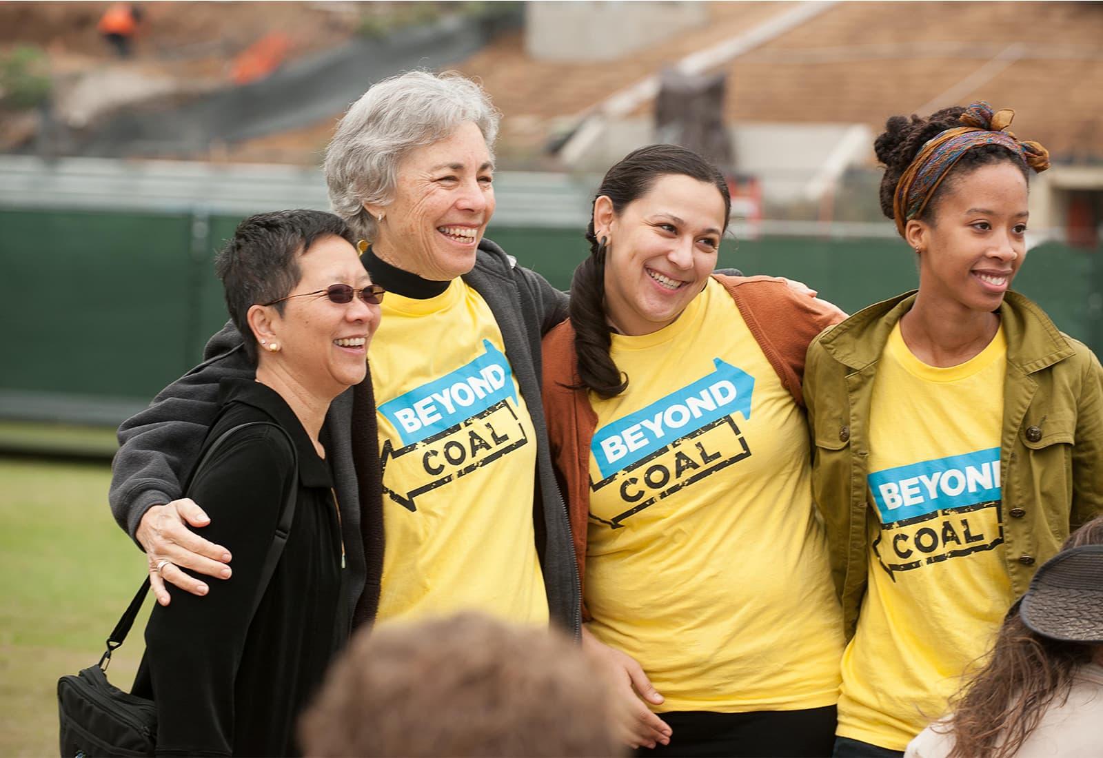 Beyond Coal volunteers rally in Los Angeles, California. Photo credit: Sierra Club