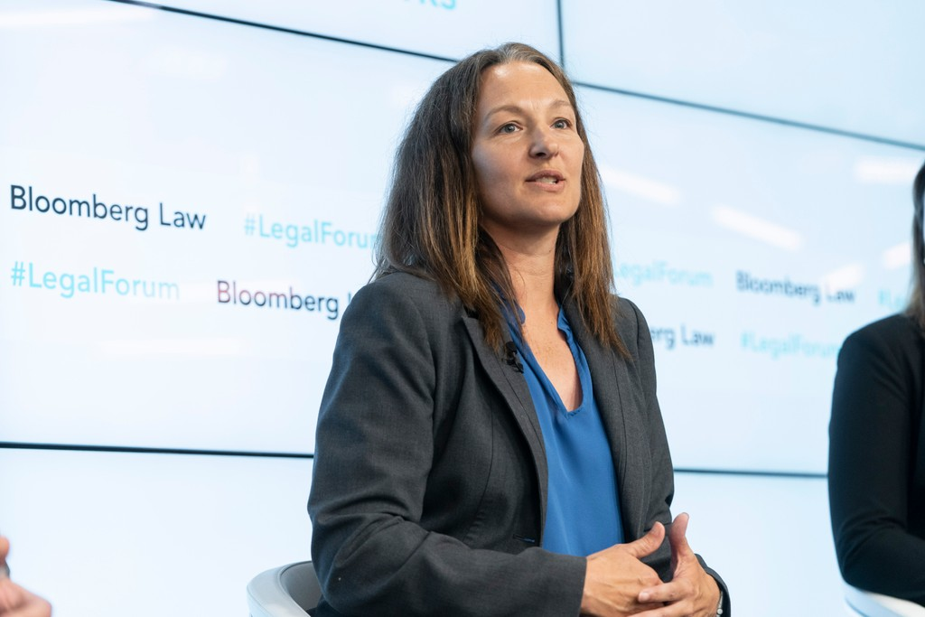 Emerging Patchwork of Data Privacy Regulations Raises Corporate Compliance Concerns Kristin Cohen