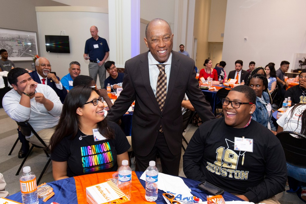 Houston Mayor Sylvester Turner with students at a TeamUp celebration in May, 2019.