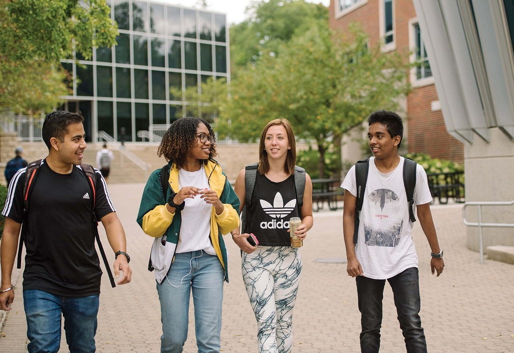Students on the campus of University of Dayton, a member of the American Talent Initiative program.