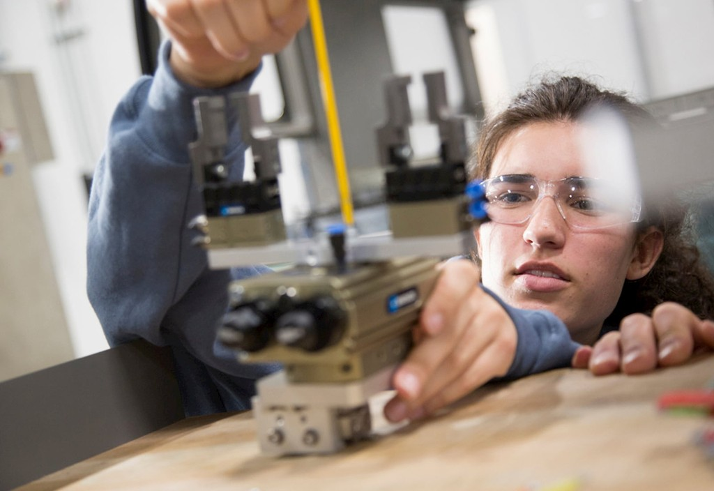 A student in Denver, CO's CareerWise program, a partner with Bloomberg's Career and Technical Education initiative.
