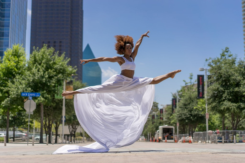 Dancer from the Dallas Black Dance Company, a Bloomberg Philanthropies Arts Innovation and Management grantee.
